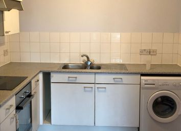 1 bed flat to rent in Lavender Place, Ilford, Essex IG12Bg IG1