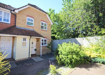 Ropeland Way, Horsham RH12. 3 bed end terrace house