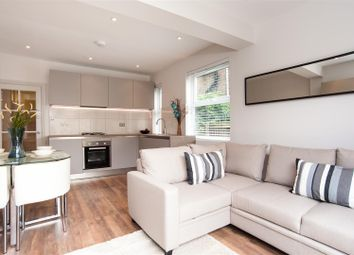 2 bed maisonette to rent in North View Road, London N8