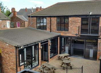 Thumbnail Leisure/hospitality to let in Rear Of 12 Cottingham Road, Hull