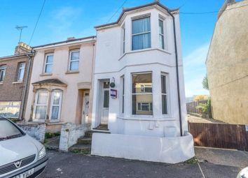 Thumbnail 1 bedroom flat for sale in Edinburgh Road, Chatham, Kent
