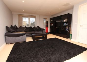 Thumbnail 1 bed flat for sale in High Street, Banstead