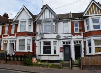 Thumbnail 2 bedroom flat for sale in 61 Heygate Avenue, Southend-On-Sea, Essex