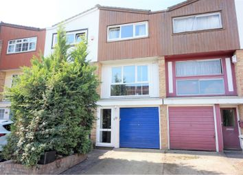 Thumbnail 2 bed town house for sale in Phoenix Place, Dartford