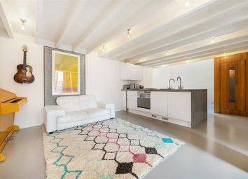 Thumbnail 2 bedroom mews house to rent in Alba Place, London
