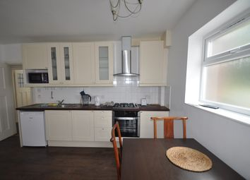 Thumbnail 3 bed flat to rent in Cavendish Avenue, West Ealing