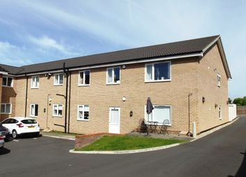 Thumbnail 2 bed flat to rent in Cherry Trees, Biggleswade