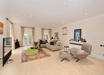Thumbnail 3 bedroom flat to rent in Holbein Place, Chelsea