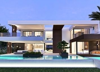 Thumbnail 4 bed villa for sale in Málaga, New Golden Mile, Spain
