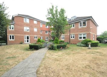 Thumbnail 1 bed property for sale in Darkes Lane, Potters Bar, Hertfordshire