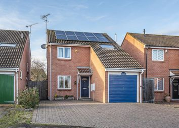 3 bed detached house for sale in Eagle Close, Wokingham RG41