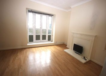 Thumbnail 3 bed flat to rent in Usk Street, London