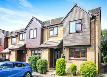 2 bed end terrace house for sale in Kingcup Close, Croydon CR0