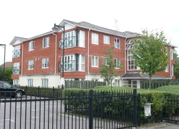 Thumbnail 2 bed flat to rent in 1B Canute Road, Southampton