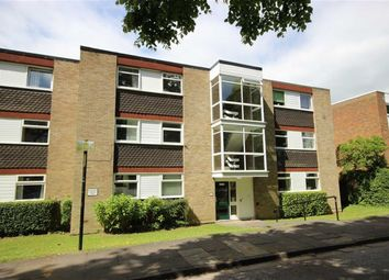 Thumbnail 2 bed flat for sale in Shelley Court, Harpenden, Herts