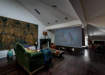 Thumbnail 3 bedroom flat for sale in Belsize Park Gardens, Belsize Park, London