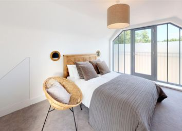 4 bed town house for sale in Trevelyan Gardens, Loughton IG10
