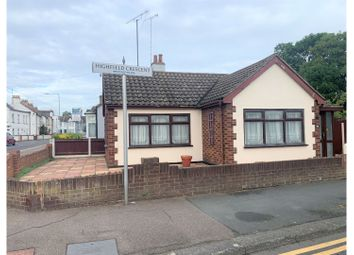 Highfield Crescent, Westcliff-On-Sea SS0. 1 bed detached bungalow