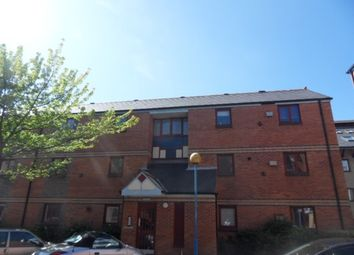 Thumbnail 1 bed flat to rent in St Nicholas Square, Marina, Swansea