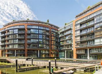Thumbnail 1 bedroom flat to rent in Hepworth Court, Gatliff Road, Grosvenor Waterside, London