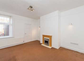 3 bed flat to rent in Old Durham Road, Gateshead NE9