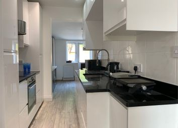 Thumbnail 5 bed terraced house to rent in Henley Road, London