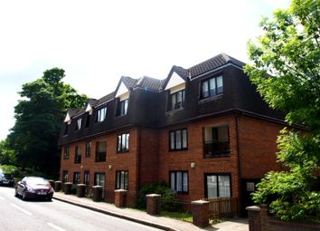 Thumbnail 3 bed flat to rent in Lorne Road, Brentwood