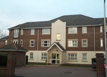 Thumbnail 2 bed flat to rent in Abbotsmead Place, Caversham, Reading