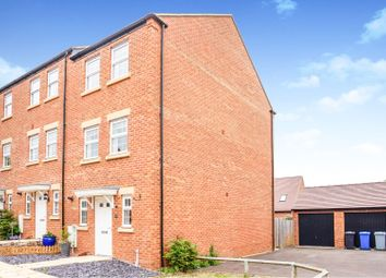 Thumbnail 3 bed town house for sale in Jubilee Street, Rothwell, Kettering