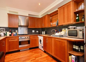 2 bed maisonette to rent in Pearson Mews, Clapham, London SW46El SW4