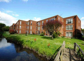 Thumbnail Flat to rent in River Park, Hemel Hempstead