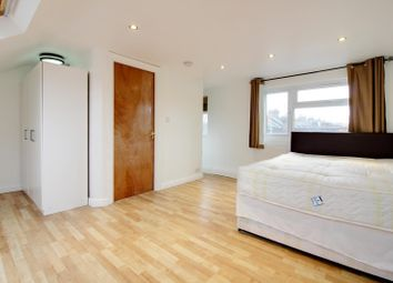 Thumbnail 3 bed duplex to rent in Marsh Hill, Homerton High Street, London