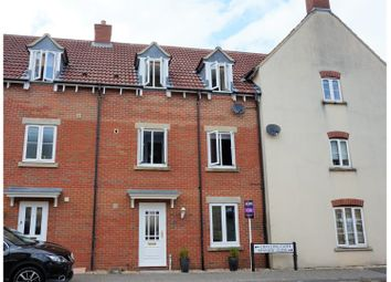 Thumbnail 3 bed town house for sale in Grayling Close, Calne