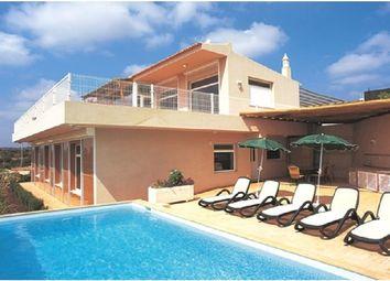 Thumbnail 3 bed villa for sale in Portugal, Algarve, Estói