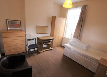 Thumbnail Room to rent in Harringay Road, London