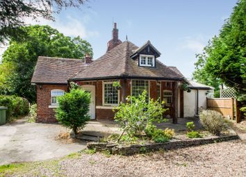3 bed detached bungalow for sale in Clay Lane, Newark NG24