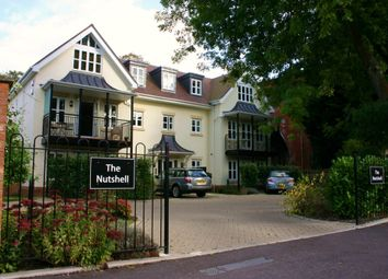 Thumbnail 2 bed flat to rent in River Road, Taplow, Maidenhead