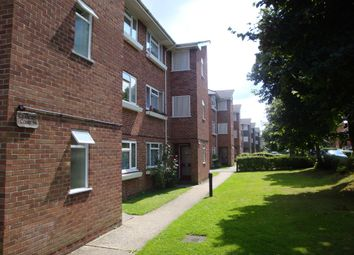 Thumbnail 1 bedroom flat to rent in Boundary Road, Newbury