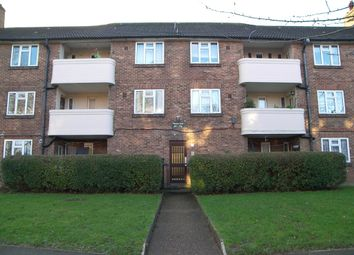 3 bed flat to rent in Beaufort Court, Beaufort Road, Richmond TW10