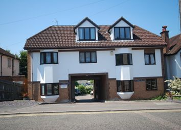 Thumbnail 2 bed flat to rent in Victoria Place, Hemel Hempstead, Hertfordshire