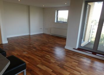 Thumbnail 2 bed flat to rent in Lockside Marina, Chelmsford