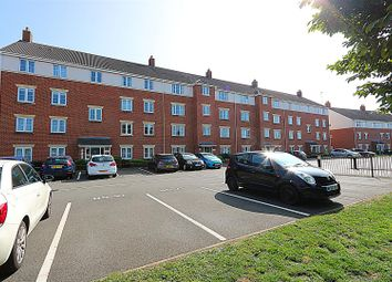 2 bed flat for sale in Archdale Close, Chesterfield, Derbyshire S40
