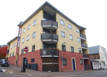 Thumbnail 2 bed flat to rent in Smythen Street, Exeter
