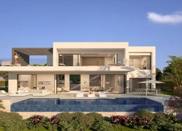 Thumbnail 3 bed villa for sale in Spain, Andalucia, Estepona, Ww634