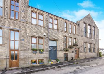 Thumbnail 4 bed town house for sale in Nares Street, Cross Roads, Keighley