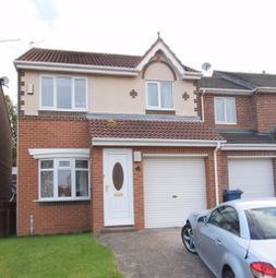 Thumbnail 3 bed detached house to rent in Beacon Glade, South Shields