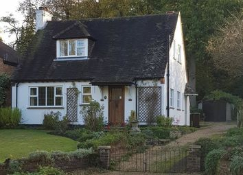 Thumbnail 3 bed detached house to rent in Pierrefondes Avenue, Farnborough