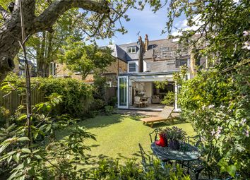 3 bed maisonette for sale in Henderson Road, Wandsworth, London SW18