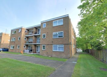 Thumbnail 1 bedroom flat for sale in Chaseville Park Road, Winchmore Hill