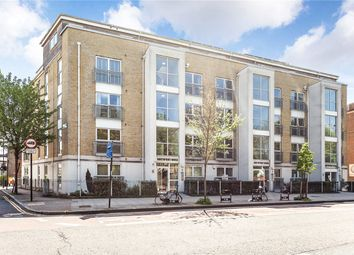Thumbnail 2 bed flat for sale in Northpoint House, 400 Essex Road, London